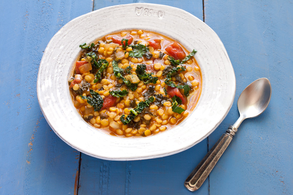 Spicy Kale and Split Pea Soup from Stephanie Weaver | gluten-free, vegan, dairy-free, low-sodium, migraine-friendly