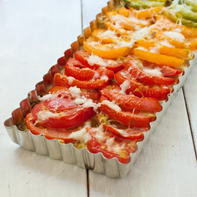 Tomato leek pie with quinoa crust