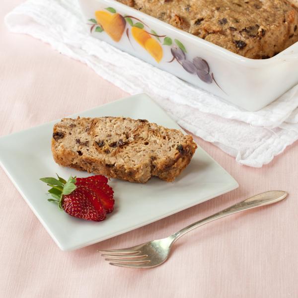 Cinnamon raisin bread pudding from Recipe Renovator. Low in sugar, lovely cinnamon taste, lightly sweetened with dates. Gluten-free.