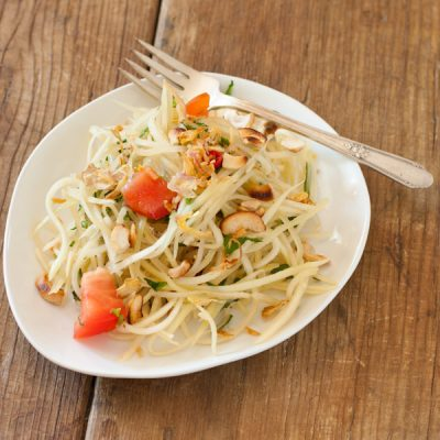 Southeast Asian green papaya salad {paleo}