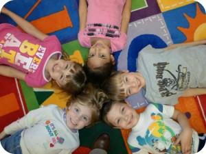 Group kids circle