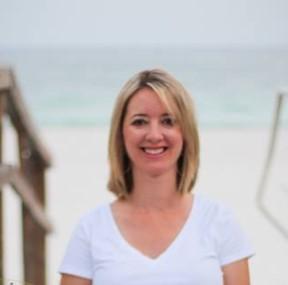 Photo of Nikki Hines