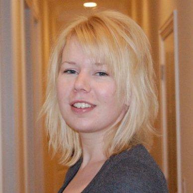 Photo of Julia DeVries