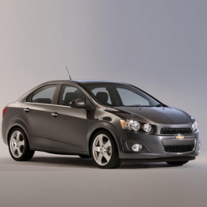 Al-emed-Chevrolet-Sonic-sedan-2015-2
