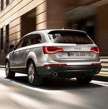 Audi-q7-2013-3d-rent-a-car-3