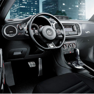 Auto-assist-Volkswagen-Beetle-2015-2