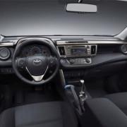 Autobahn-Toyota-rav4-1