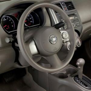 Eurocity-Nissan-tiida-2013-2