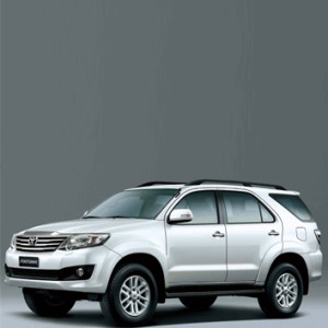 Fast-city-Toyota-land-fortuner-2015-2