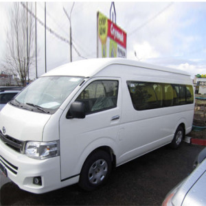 Gold-star-Toyota-Hiace-1