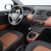 Golden-breeze-Hyundai-i10-2014-1-1