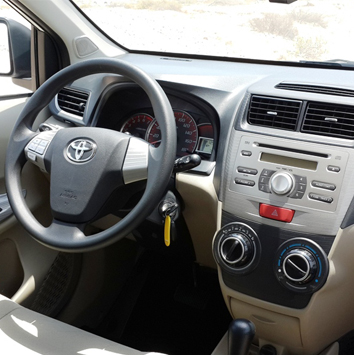 Golden-breeze-toyota-Avanza-2015-1