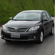 Golden-breeze-toyota-corolla-2013-2