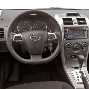 Golden-breeze-toyota-corolla-2013-3
