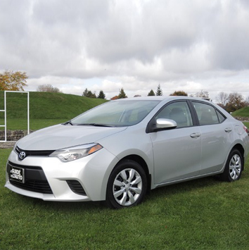 Golden-breeze-toyota-corolla-2015-3
