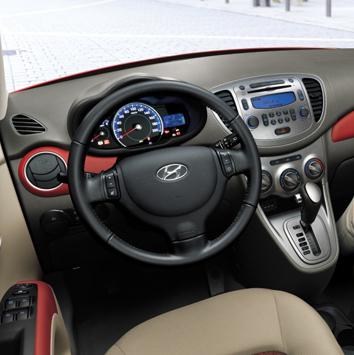 Hyundai-i10-2013-3d-rent-a-car-2