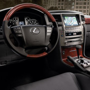 Lexus-LX-2015-3d-rent-a-car-3
