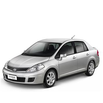 Mex-Nissan-Tiida-2013-3