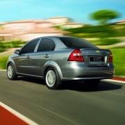 Perfect-line-Chevrolet-Avevo-2013-1