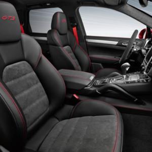 Porsche-Cayenne-GTS-2014-cochin-star-3
