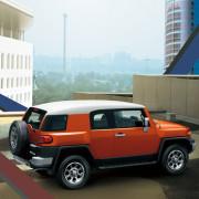 Toyota-FJ-Cruiser-2014-seven-milez-2