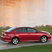 Toyota-corolla-2013-al-falah-3