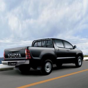 Toyota-hiace-doubleab-autobahn-3