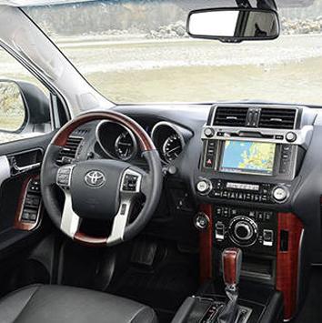 Toyota-land-cruiser-prado-2014-cochin-star-2