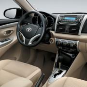 Toyota-yaris-2013-3d-rent-a-car-3