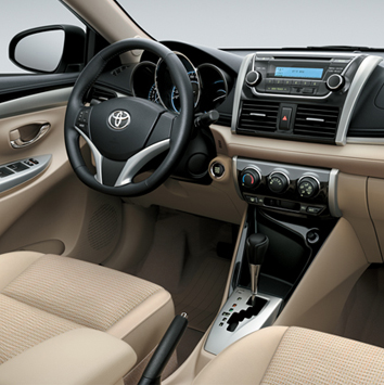 Toyota-ysris-2015-better-car-4