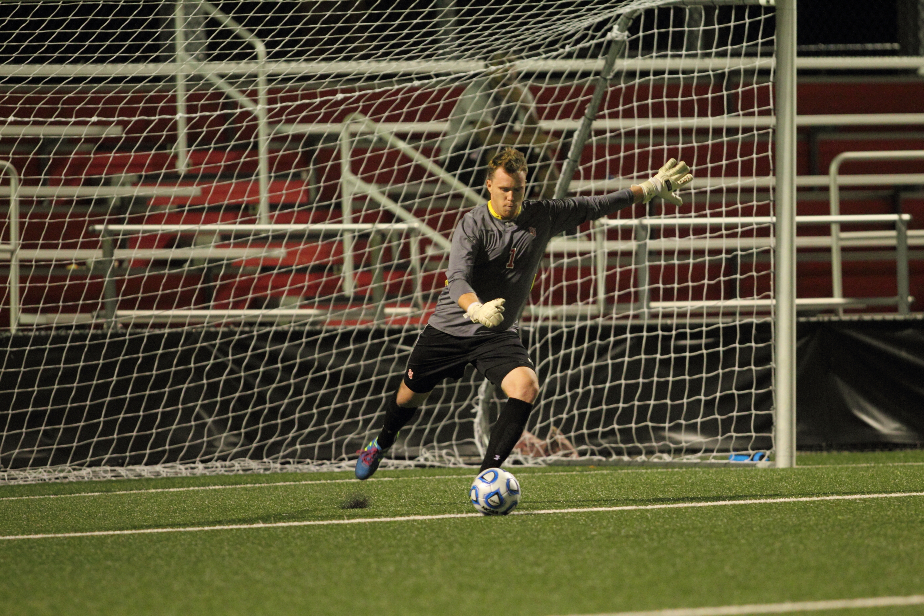 Jordan Stagmiller posted back-to-back shutouts as part of a 2-0-0 week.