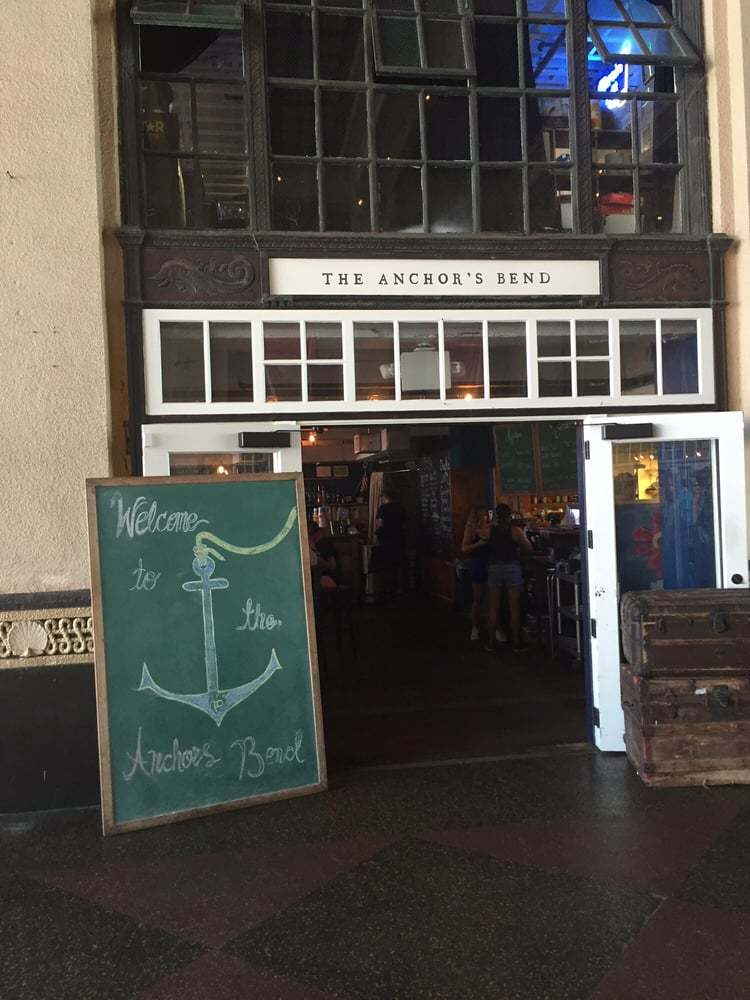 Anchor's Bend is an easily accessible casual bar & eatery located right off the Asbury Park beach.