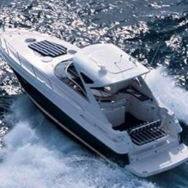 NEED YOUR HELP YACHTING ENTHUSIASTS: I'm looking to purchase