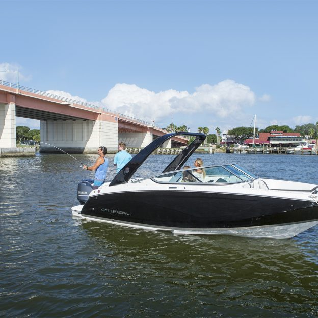 23 OBX - Regal Boats Overview