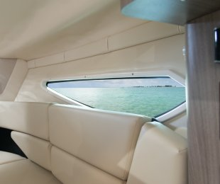 Hull Side Windows