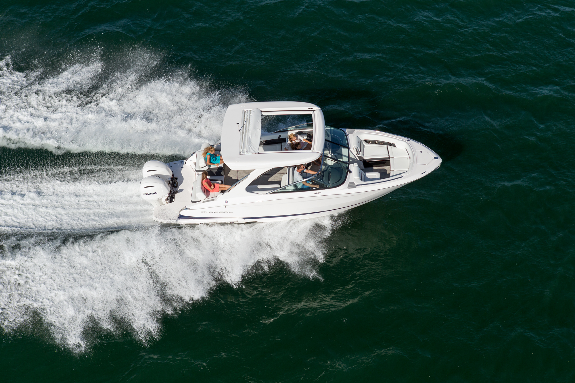 29 OBX - Regal Boats Overview