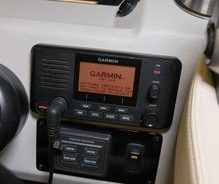 Garmin VHF 100