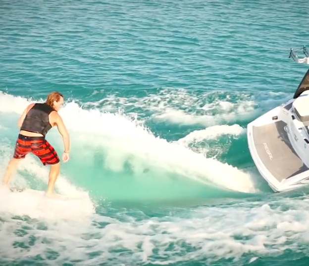 21 Rx Surf Regal Boats Overview