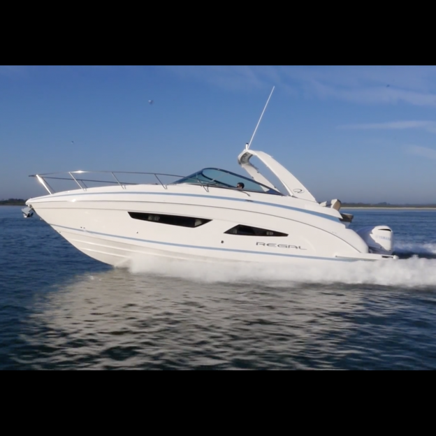 33 XO - Regal Boats Overview