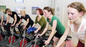 Mid_original_fitness_tilburg_sportschool_kwidam_vrouwen_spinning