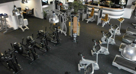 Mid_fitness-first-class-sports-fitnesszaal1
