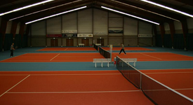 Mid_tennis_baan_yannick3__large