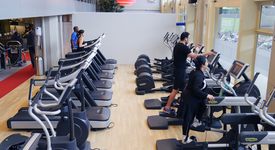 Mid_cardioapparatuur-fit-for-free-rotterdam-conradstraat