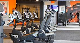 Mid_basic-fit-sportschool-apeldoorn-laan-van-het-omniversum-8