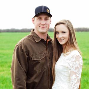 Ashley & Levi Wedding Registry