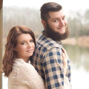 Tyler & Lyndsey Wedding Registry