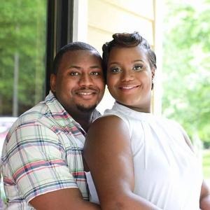 Robyn & Dontavius Wedding Registry