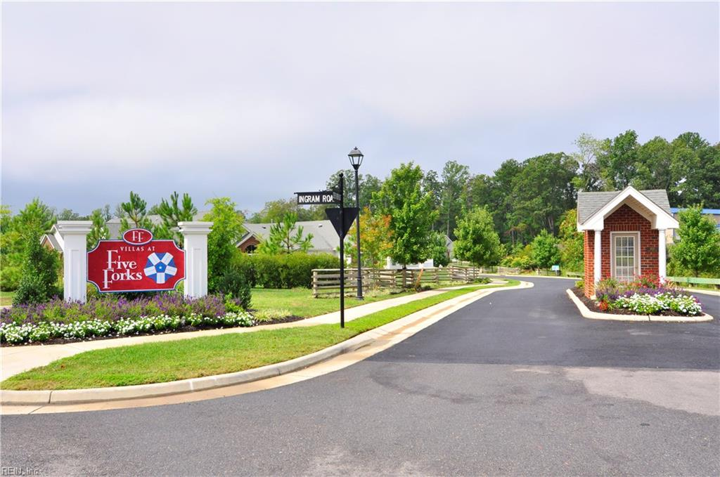 VILLAS AT FIVE FORKS