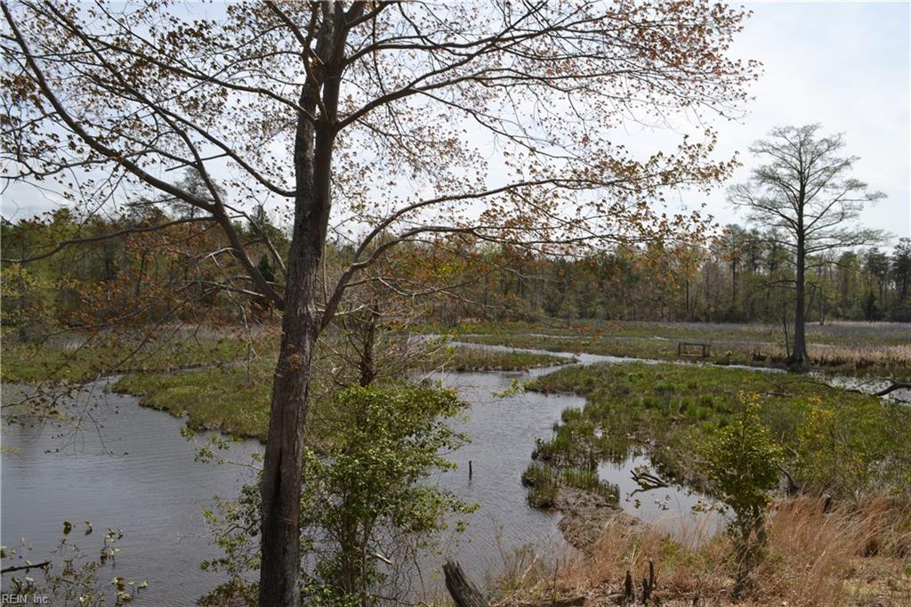 RIVERS BEND AT UNCLES NECK