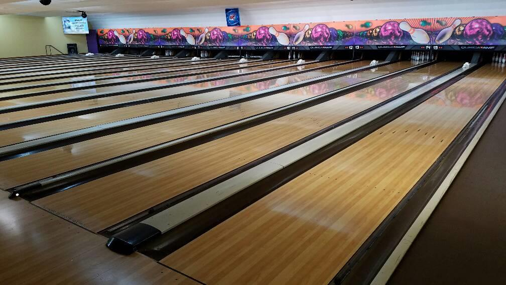 BOWLING ALLEY w/ SPORT BAR BUSINESS OPPORTUNITY